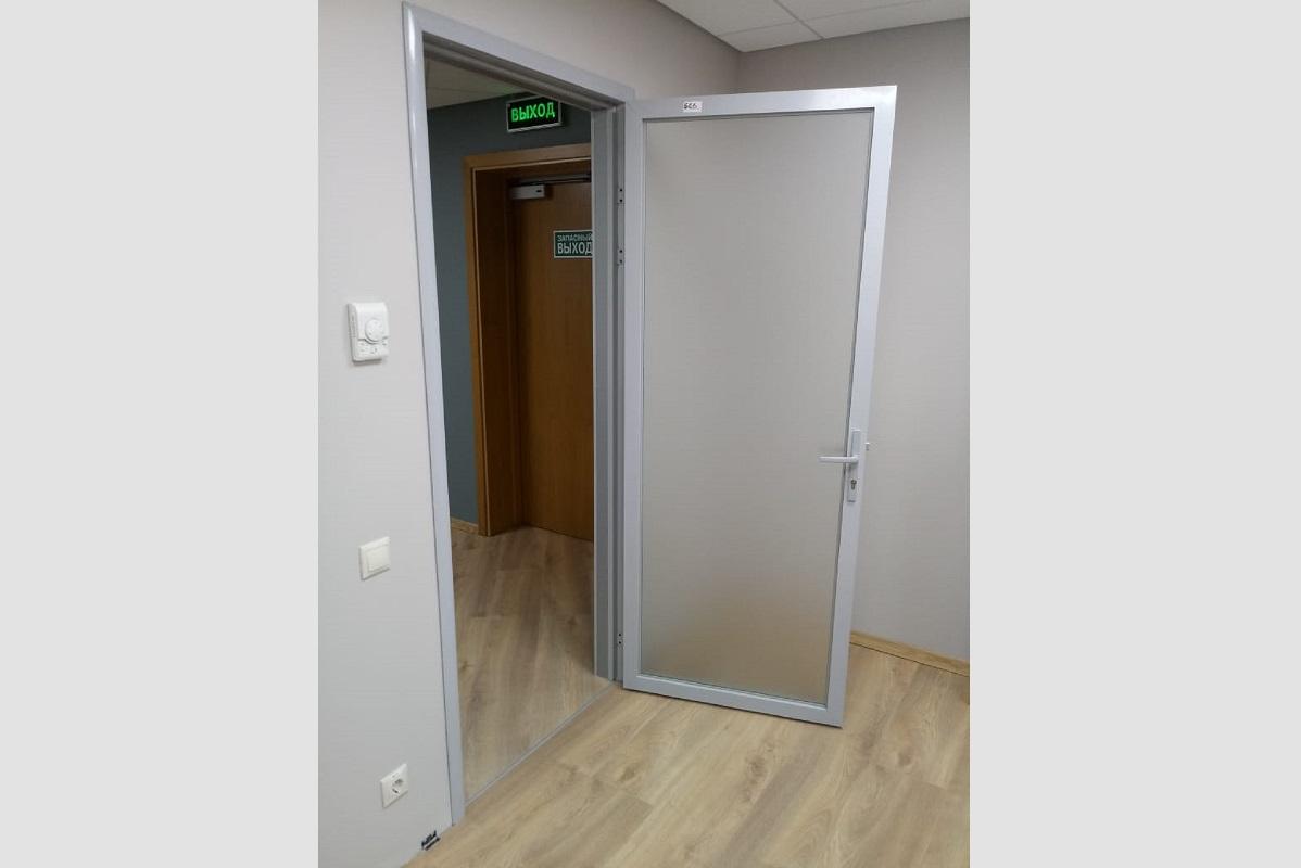 Увеличить dver_v_teleskopicheskoy_rame_1.jpg