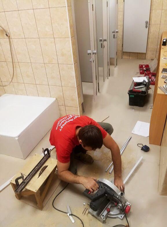 montazh tualetnih kabinok 2