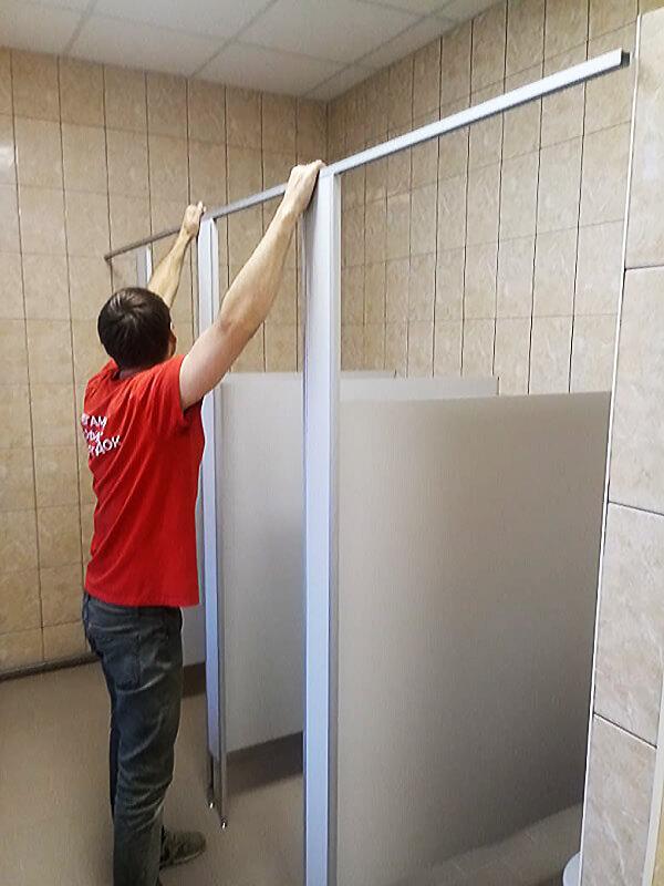 montazh tualetnih kabinok 4